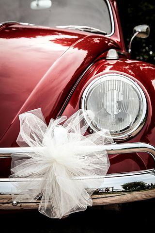 Comment bien choisir une voiture de mariage