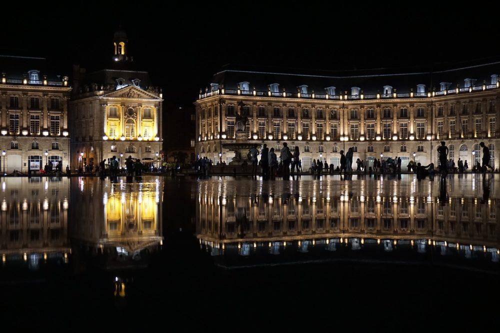 Miroir d'eau Bordeaux de nuit