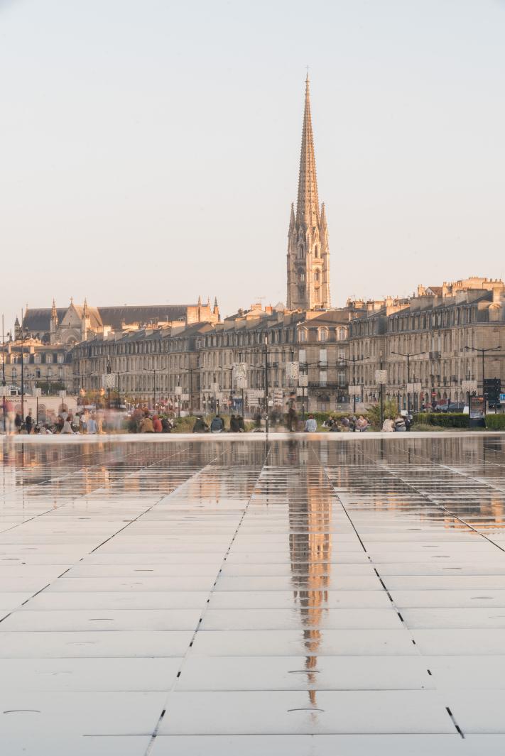 Découvrir la Nouvelle Aquitaine en voiture de collection